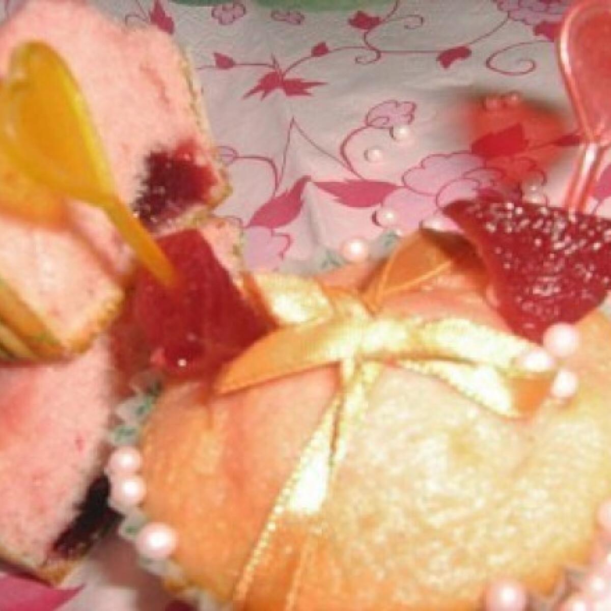 Ezen a képen: Erdei gyümölcspudingos muffin
