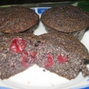 Meggyes - mákos muffin