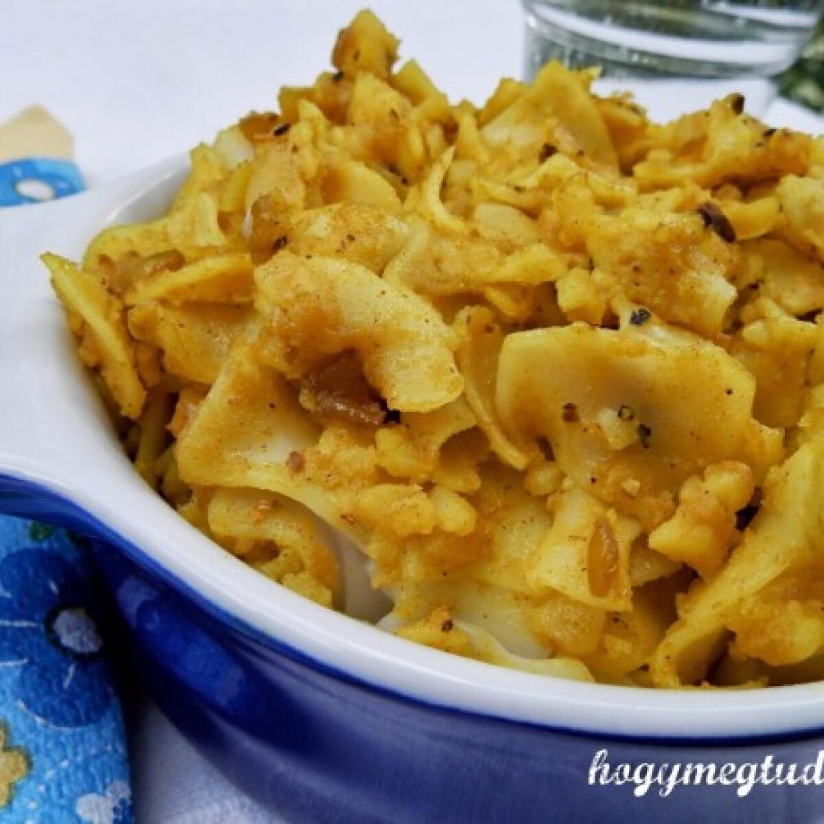 Krumplis tészta indiai fűszerezéssel