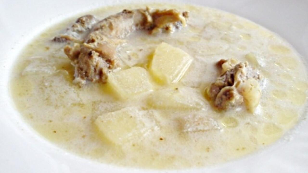 Almás csirkeaprólék leves
