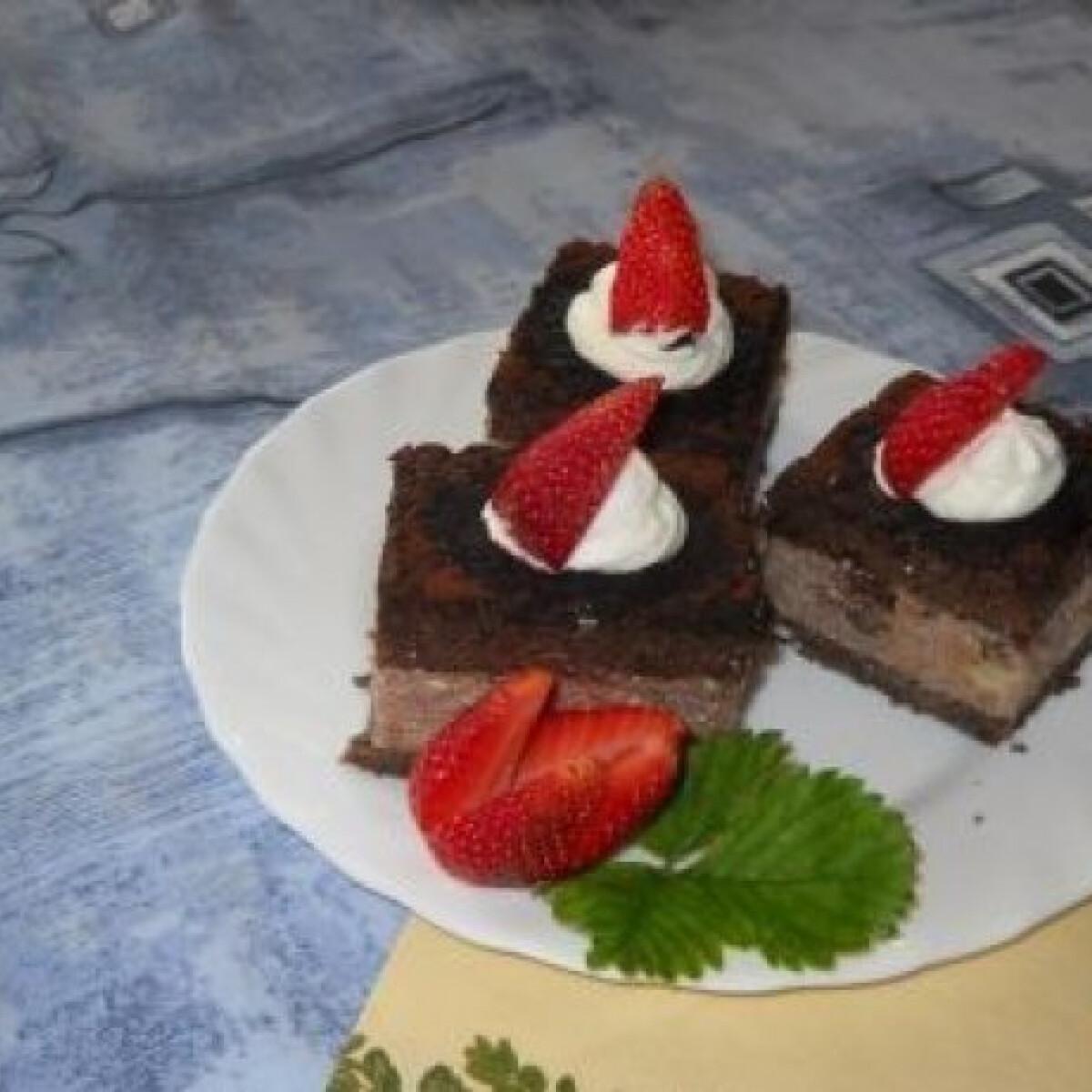 Ezen a képen: Epres-csokis kocka