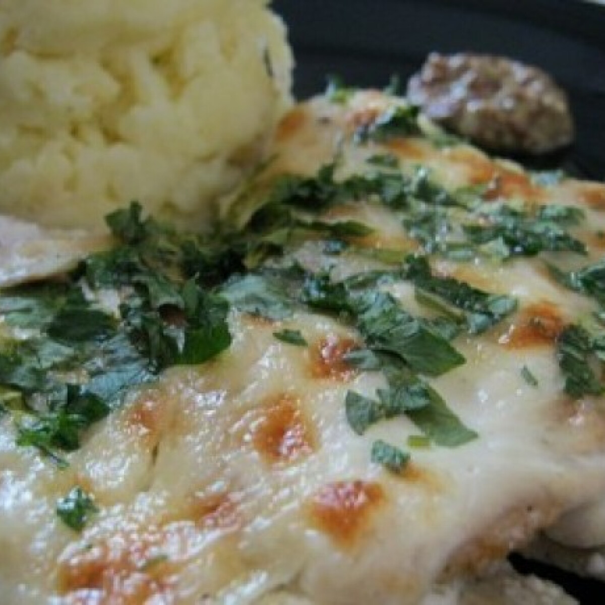Ezen a képen: Dijoni mustáros csirkemell szeletek