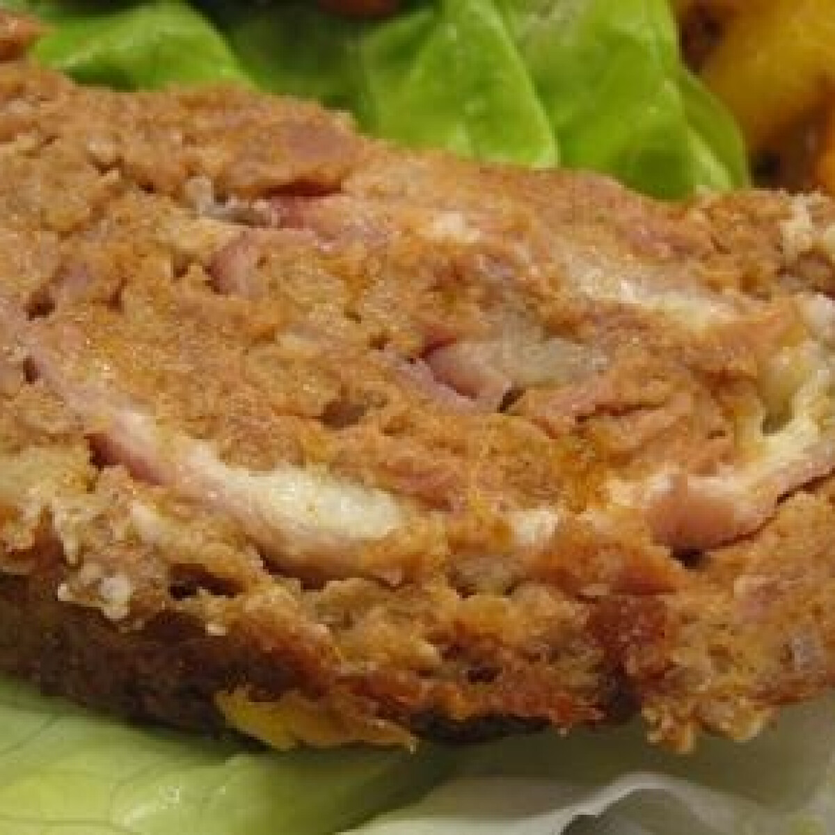 Ezen a képen: Baconös-sajtos hústekercs