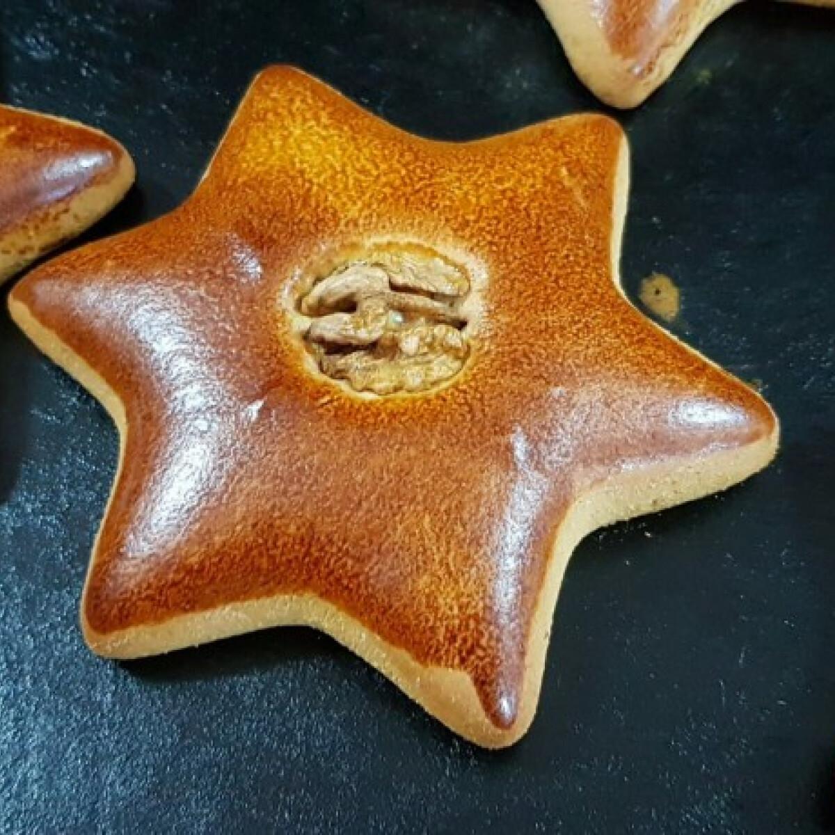 Ezen a képen: Karácsonyi mágia - gluténmentes mézeskalács