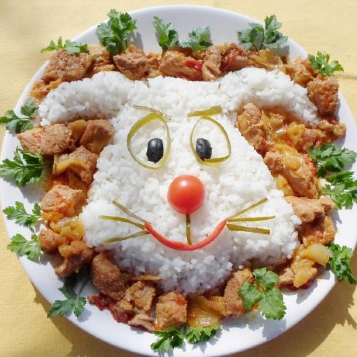Ezen a képen: Nyuszis rizs lecsós hússal