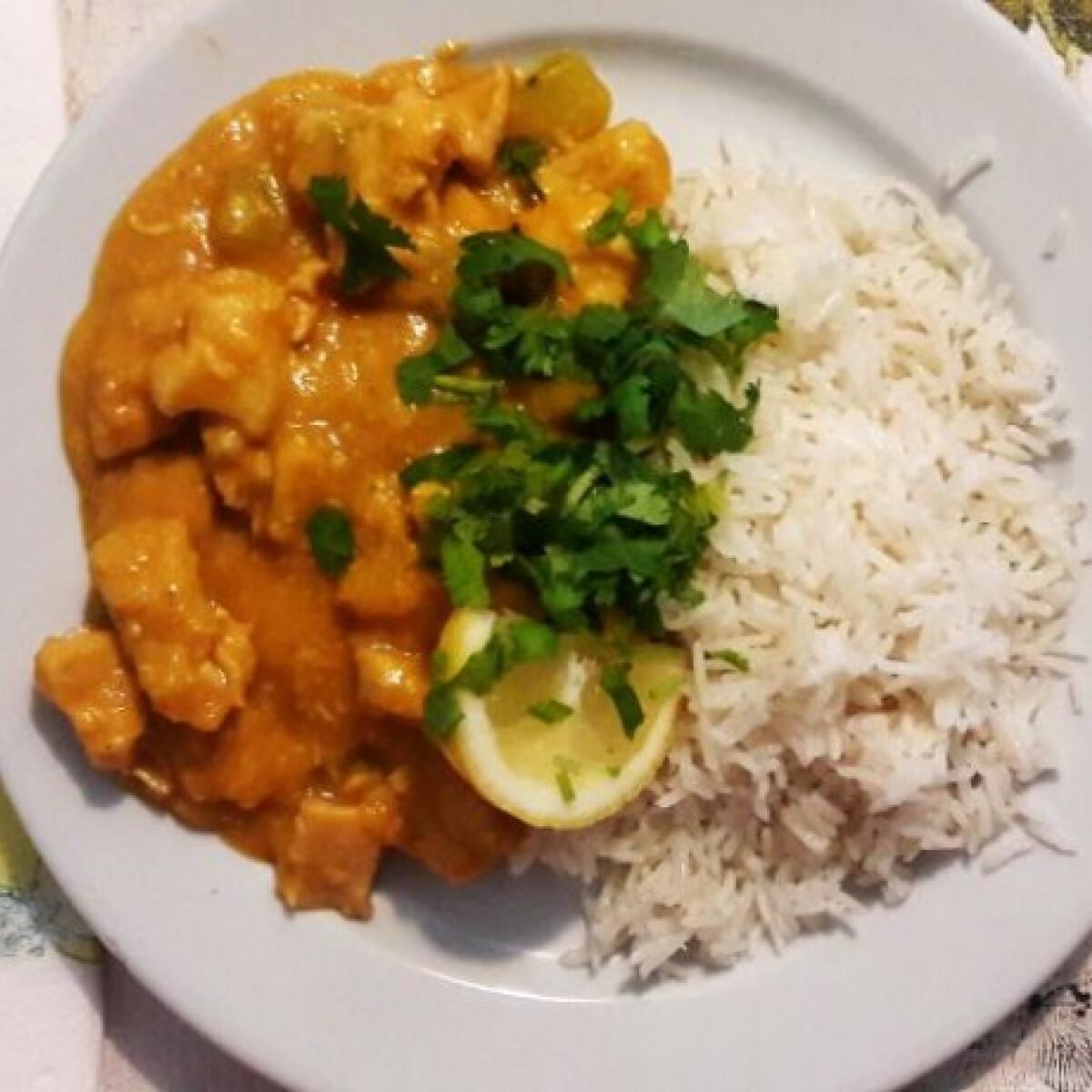 Tikka masala curry édesburgonyával