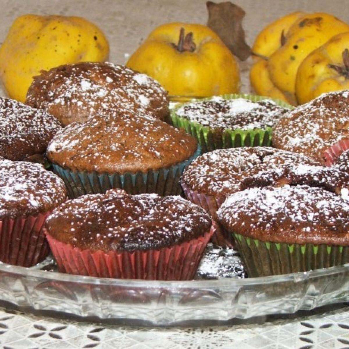 Ezen a képen: Birsalmás diós muffin