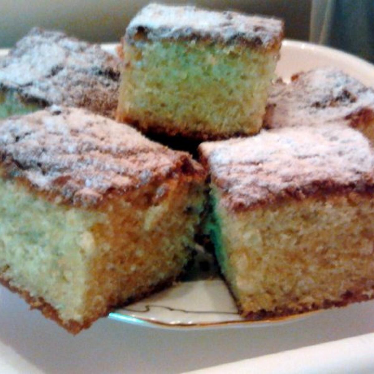 Ezen a képen: Narancsos süti Lulu konyhájából