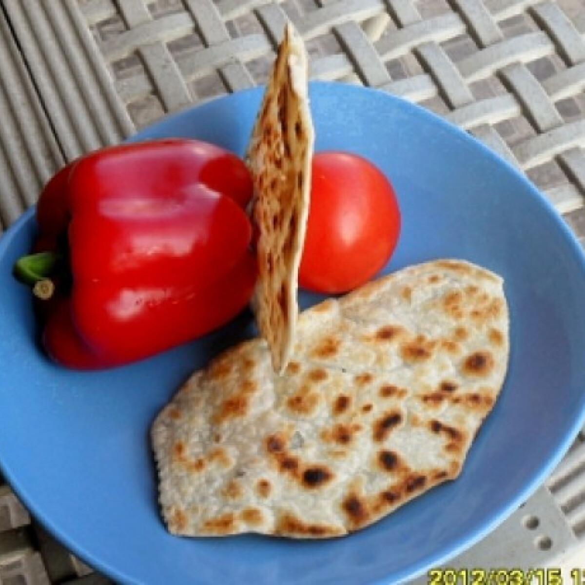 Ezen a képen: Chapati leveles tésztából