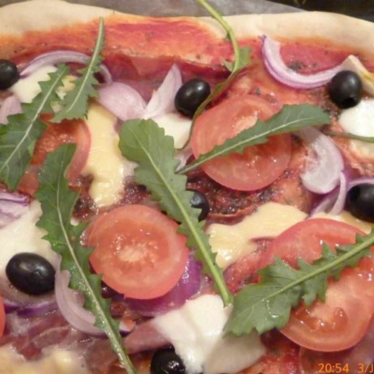 Ezen a képen: Pizzatészta Finci konyhájából