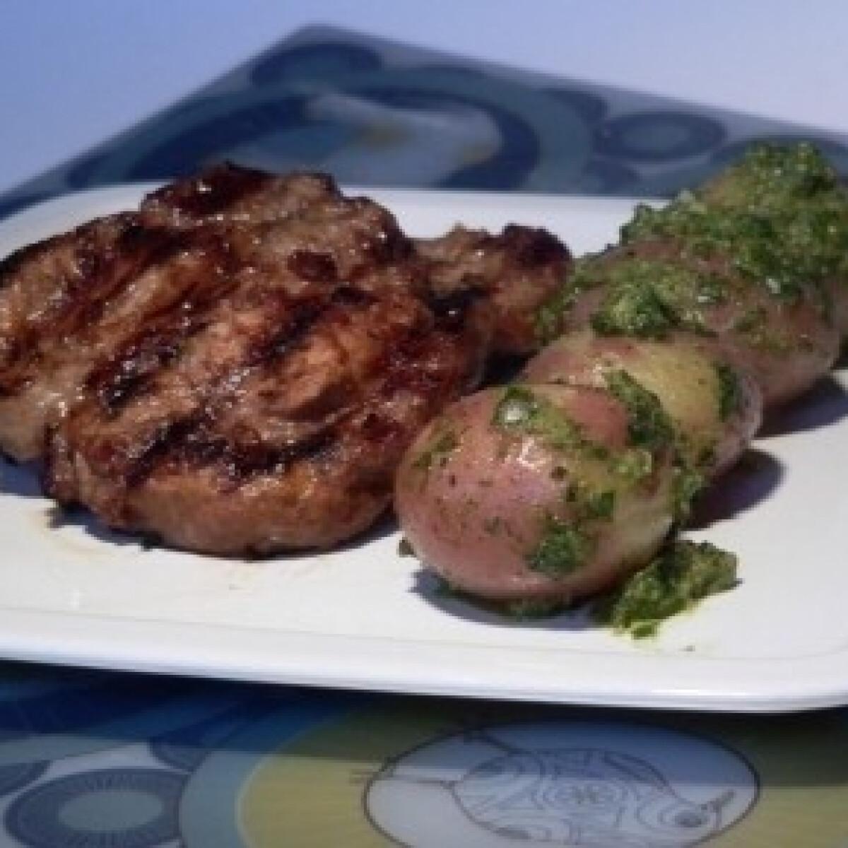 Szerecsendiós-chilis hús salsa verde-s krumplival