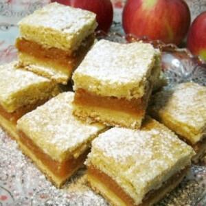 Almás pite ahogy Iluska süti