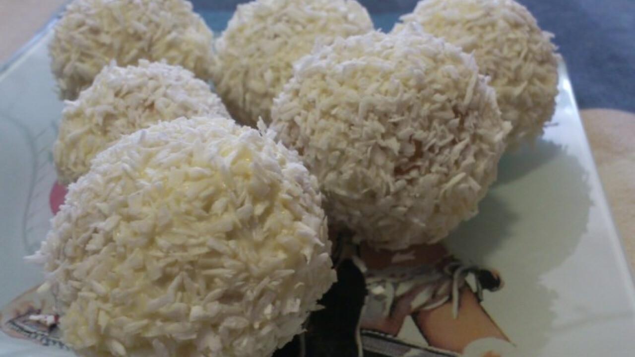 Fehér csokis kókuszgolyók