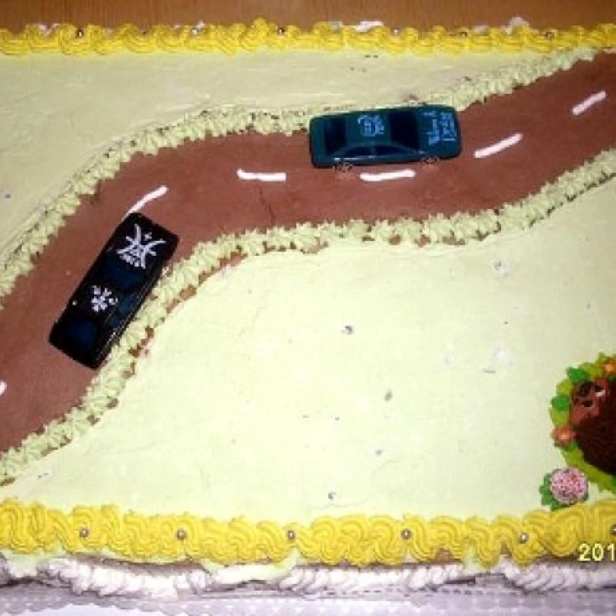 Szülinapi autós torta