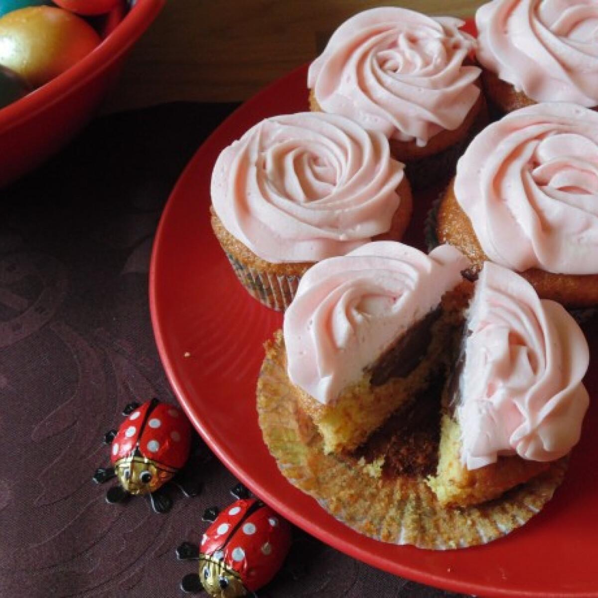 Ezen a képen: Töltött muffin húsvétra