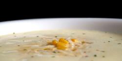 Curry-s kukoricakrémleves