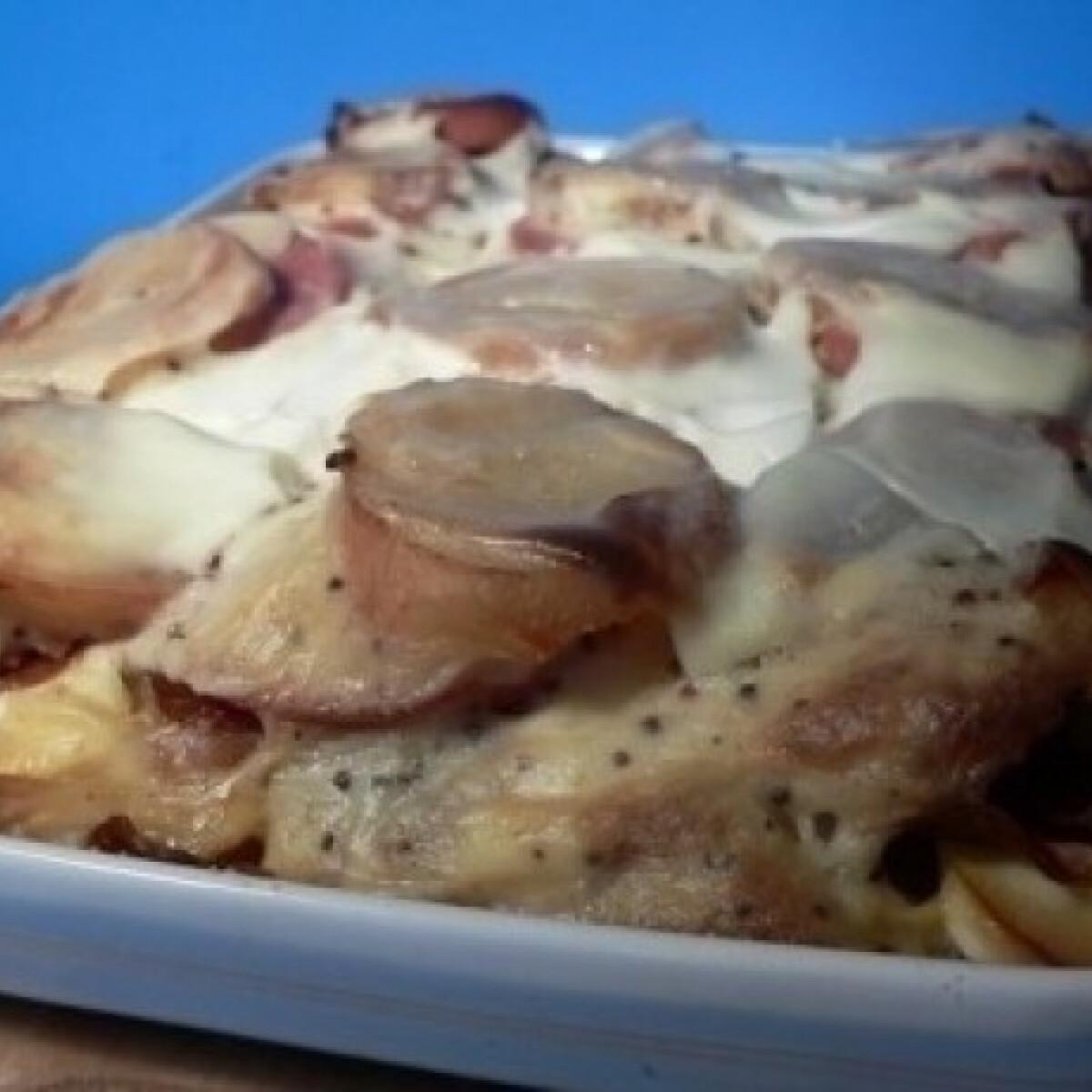Ezen a képen: Mustáros rakott krumpli