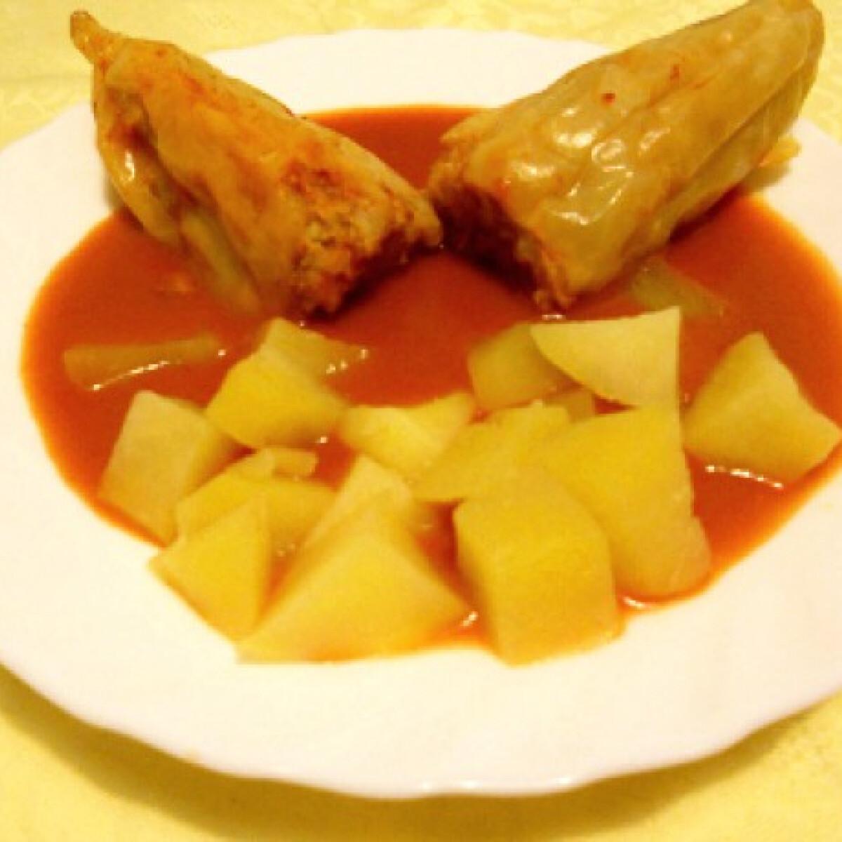 Ezen a képen: Töltött paprika Tomatotree konyhájából