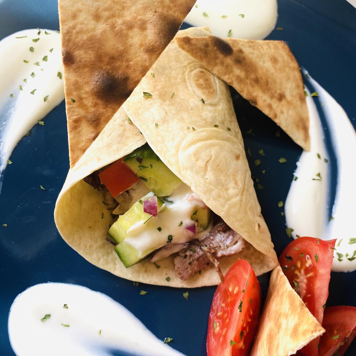 Ezen a képen: Kacsacombos tortilla