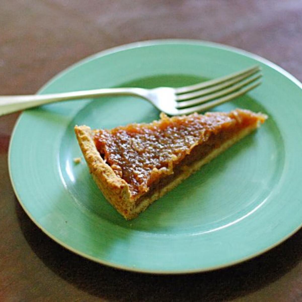 Ezen a képen: Almás pite SercegőSerpenyő konyhájából