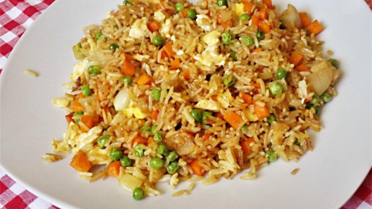 Egyszerű sült rizs