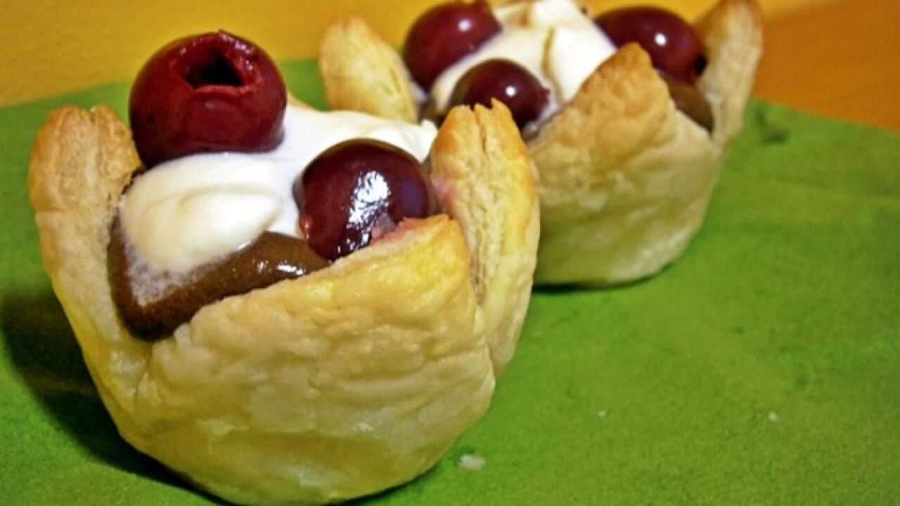 Csokihabos-meggyes muffin