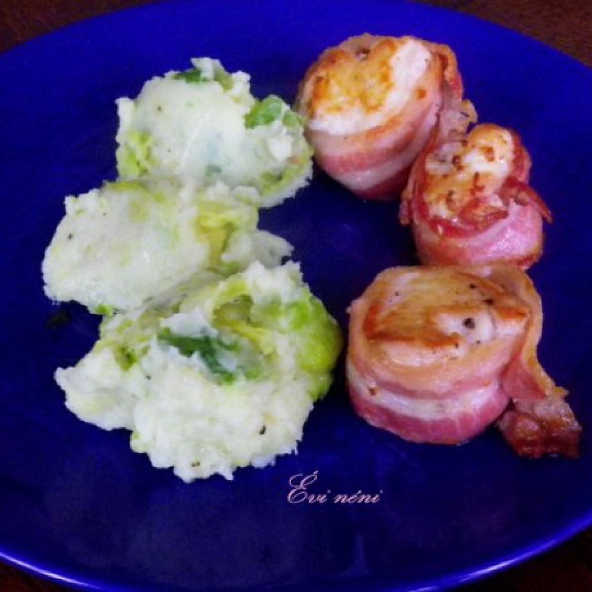 Ezen a képen: Baconbe tekert csirke krumplipürével