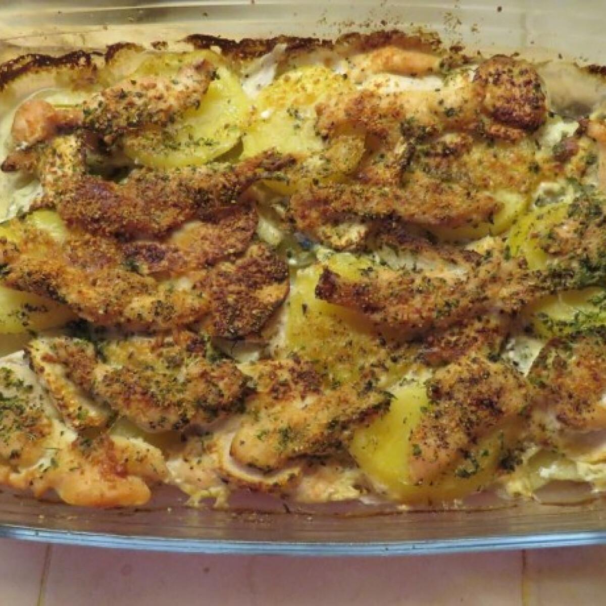 Ezen a képen: Almás-krumplis tepsis csirke