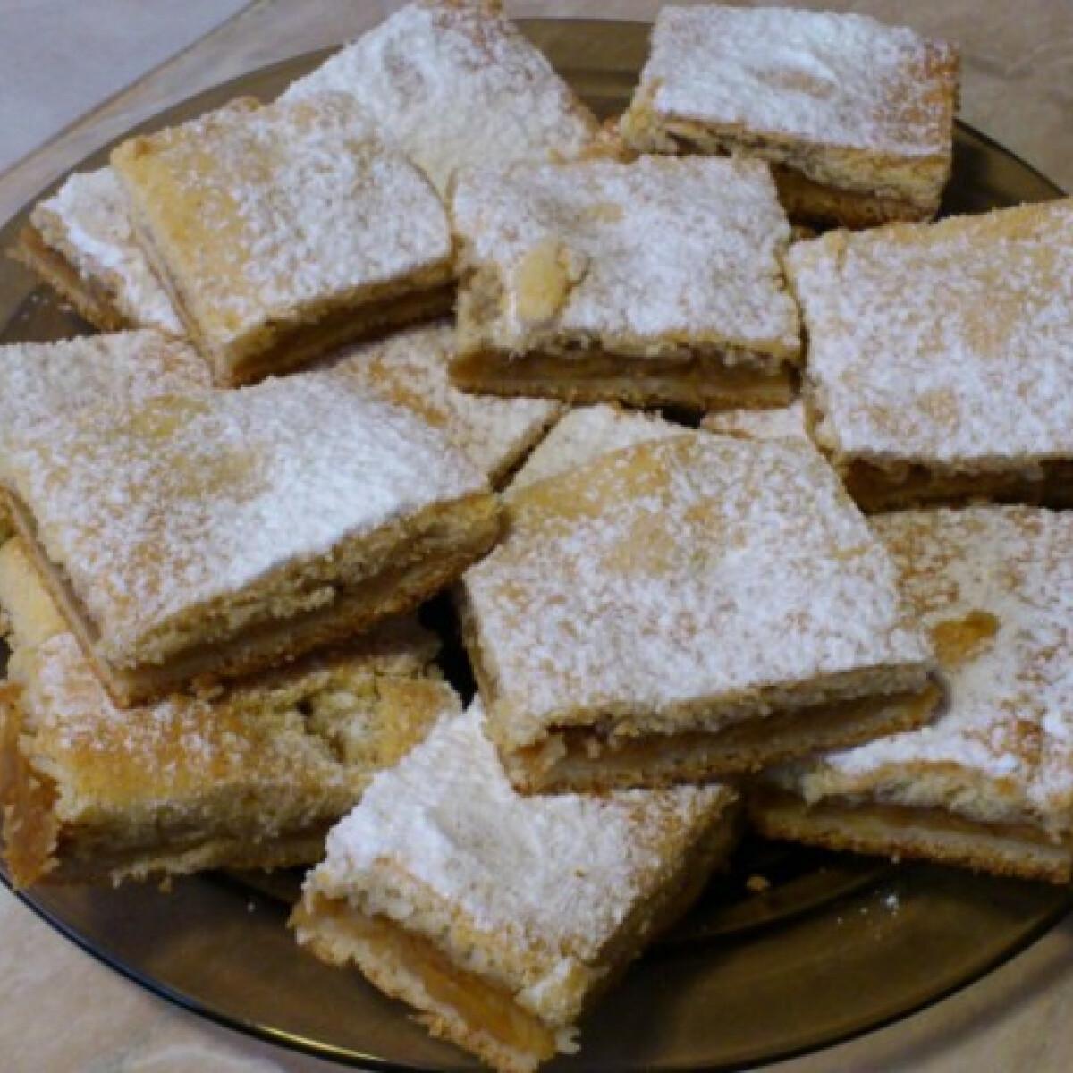Almás pite Kynga konyhájából