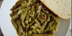 Szalonnás zöldbabpörkölt