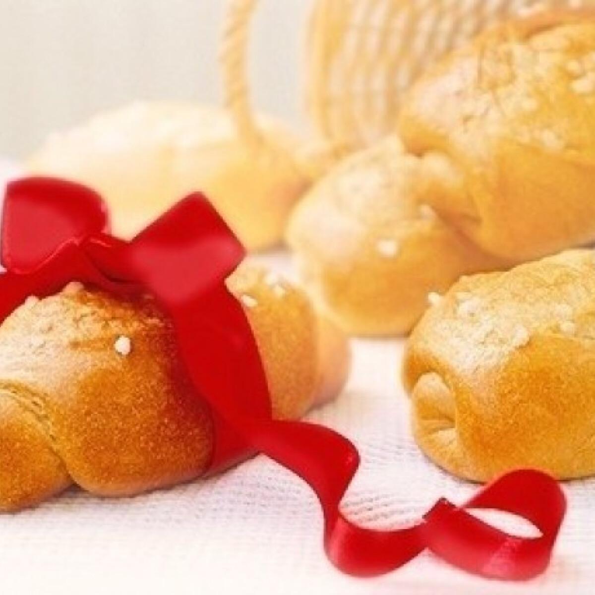 Ezen a képen: Vajas cukros molnárka