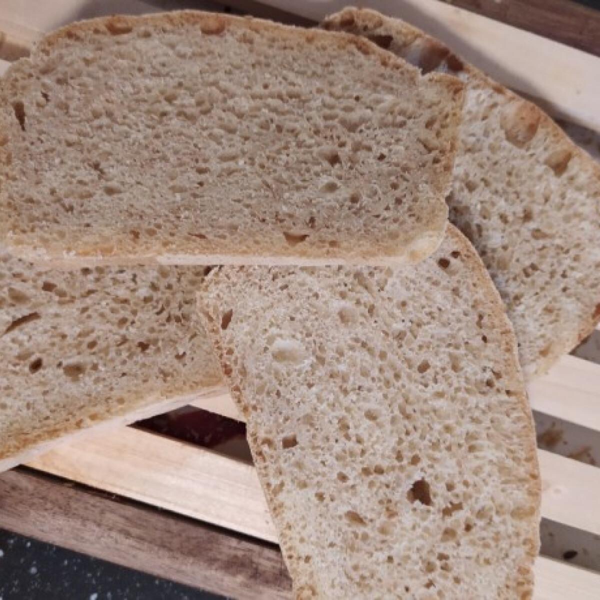 Ezen a képen: Öregtésztás kenyér