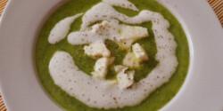 Gorgonzolás cukkinikrémleves
