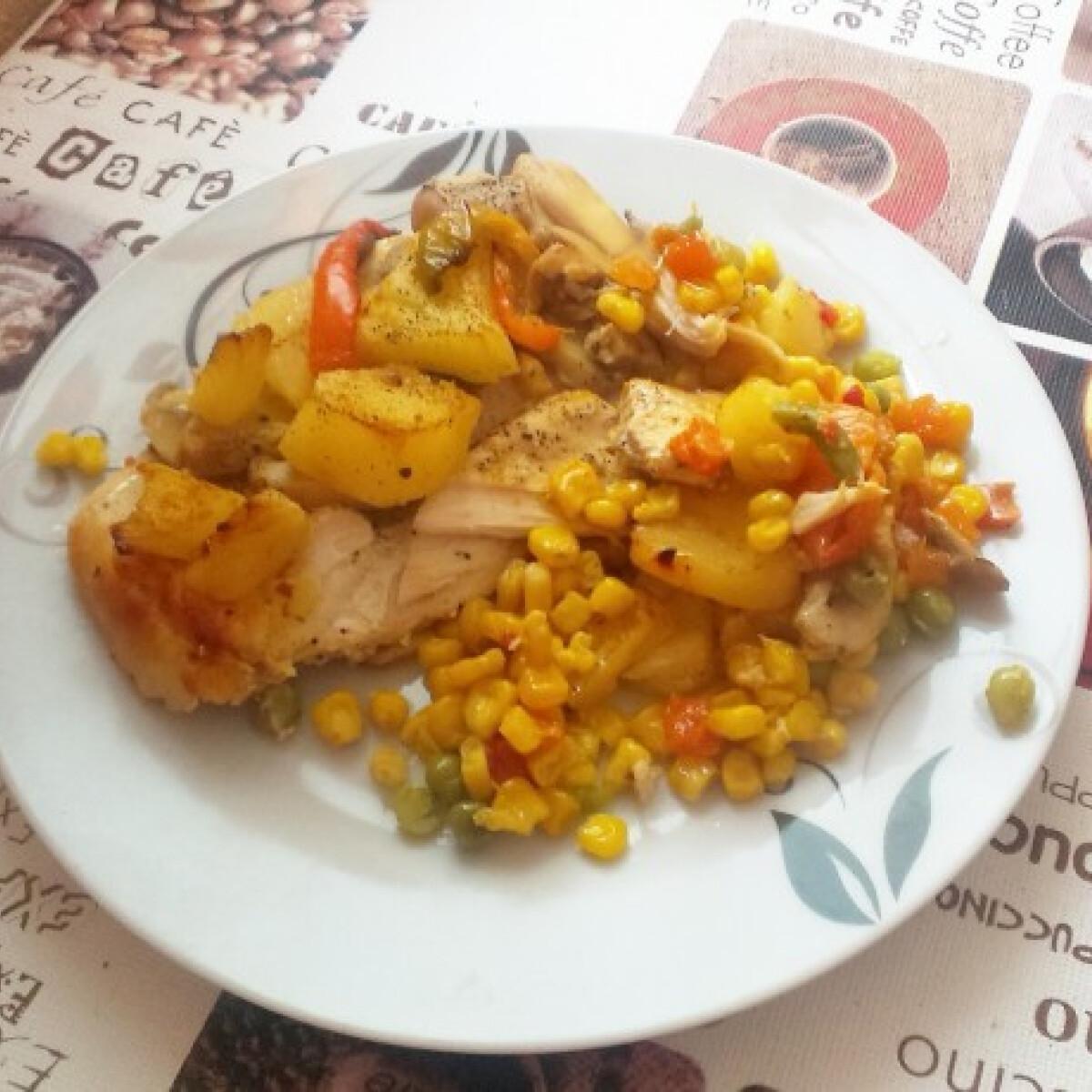 Ananászos-zöldséges rakott csirkemell