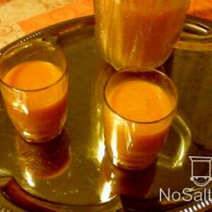Narancsos-sárgarépás ivólé