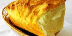 Tépegetős kenyér ahogy Évi néni készíti