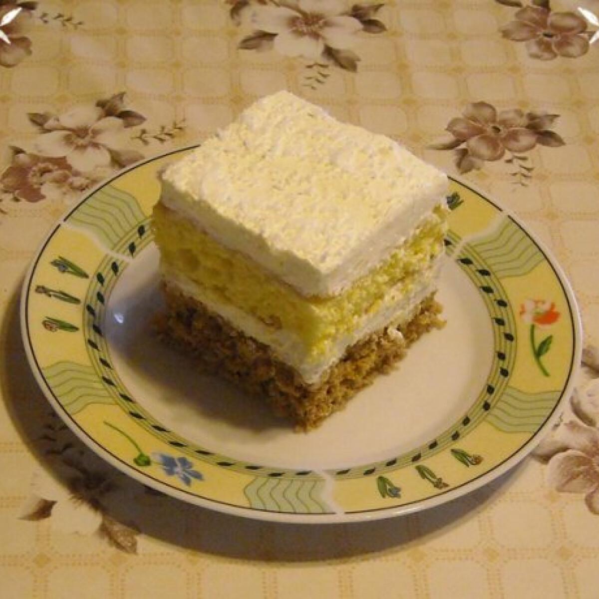 Ezen a képen: Kókuszos kocka Nikóka konyhájából