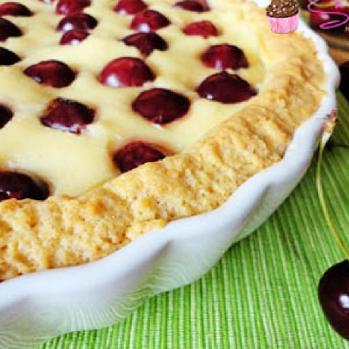 Ezen a képen: Vaníliás cseresznyés pite