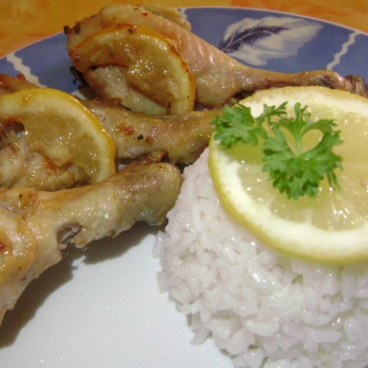 Ezen a képen: Citromos-chilis csirke