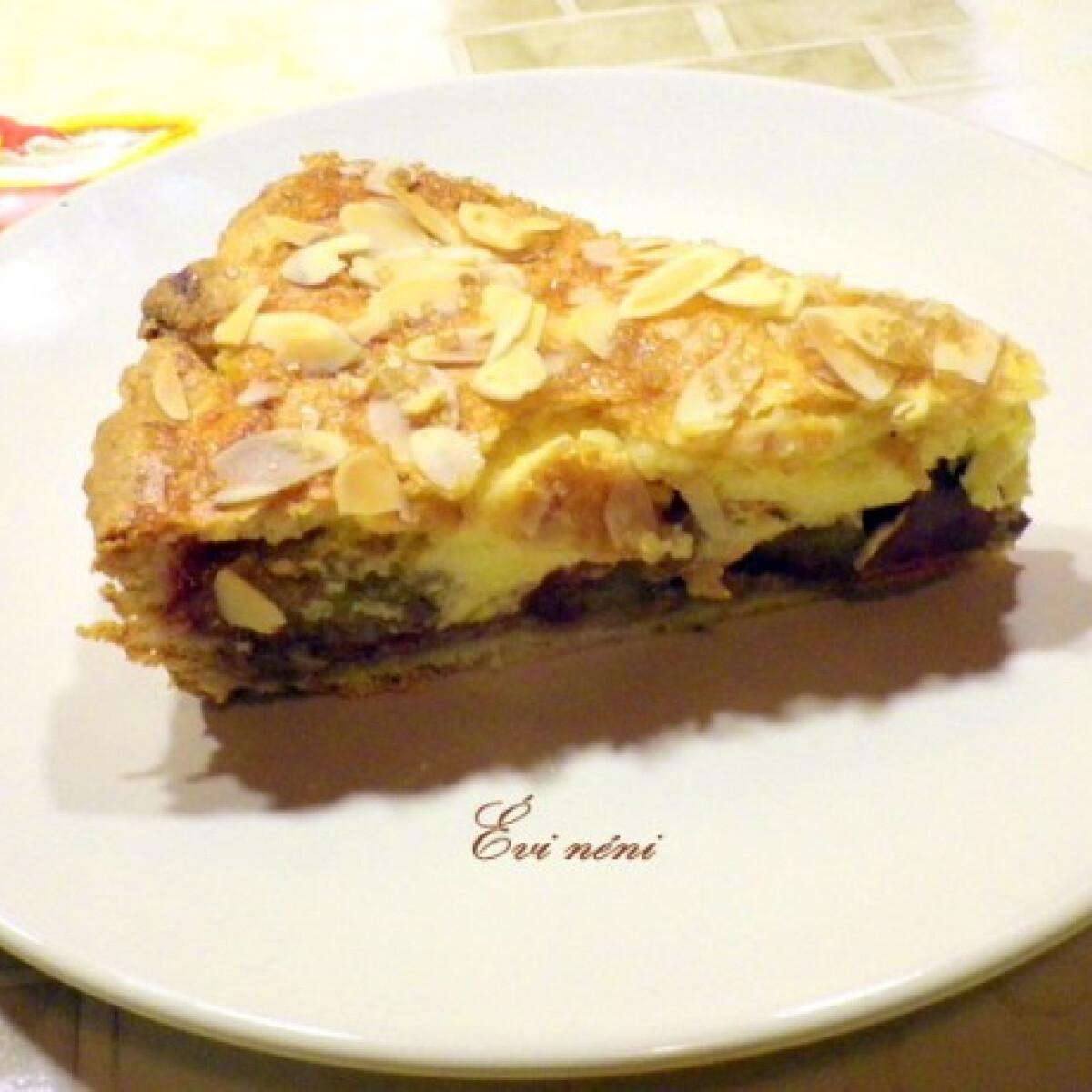 Ezen a képen: Szilvás pite Évi néni konyhájából