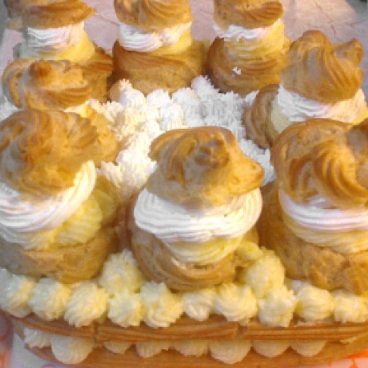 Ezen a képen: Képviselőfánk torta Klarixa konyhájából