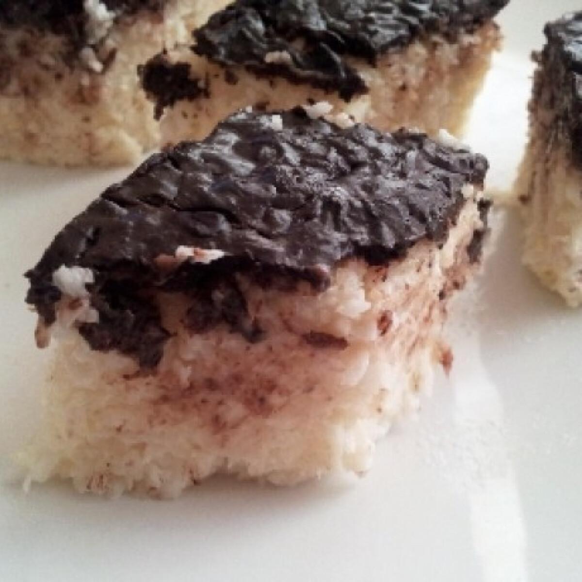 Ezen a képen: Nagyon kókuszos-grízes süti