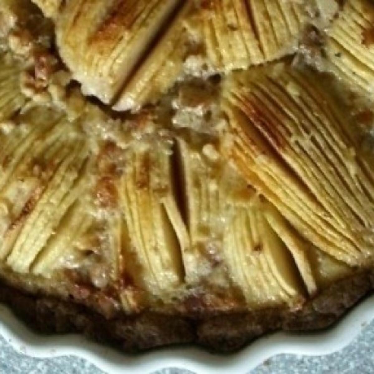 Ezen a képen: Elzászi almatorta