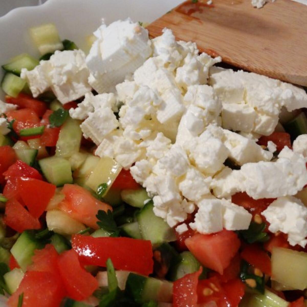 Ezen a képen: Sopszka saláta Konyha Tünditől
