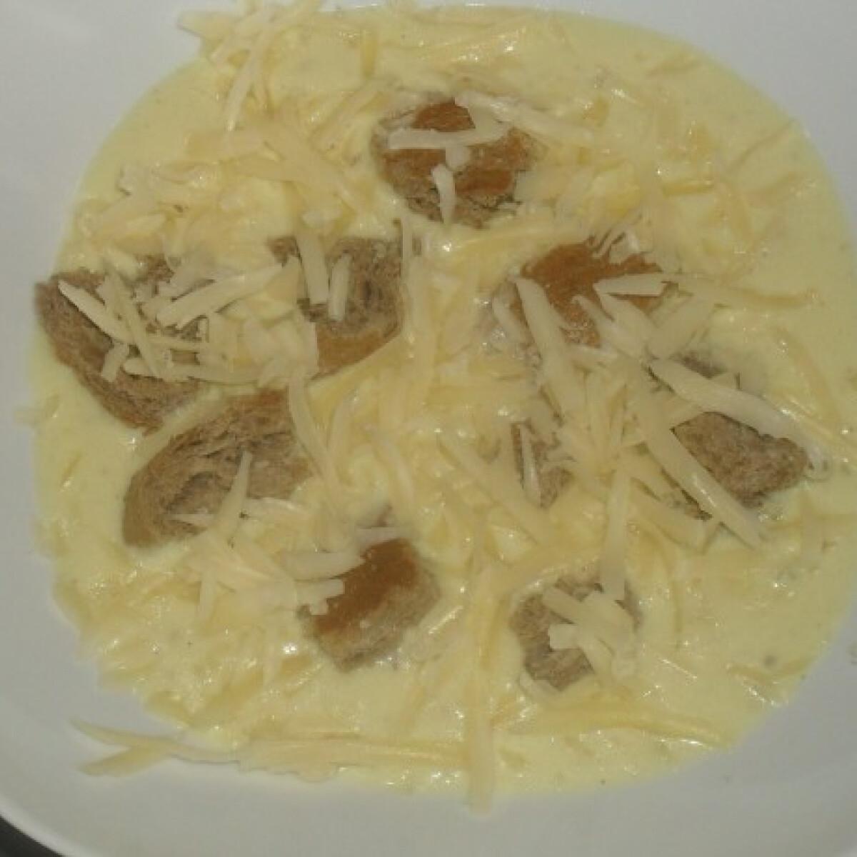 Csípős sajtkrémleves