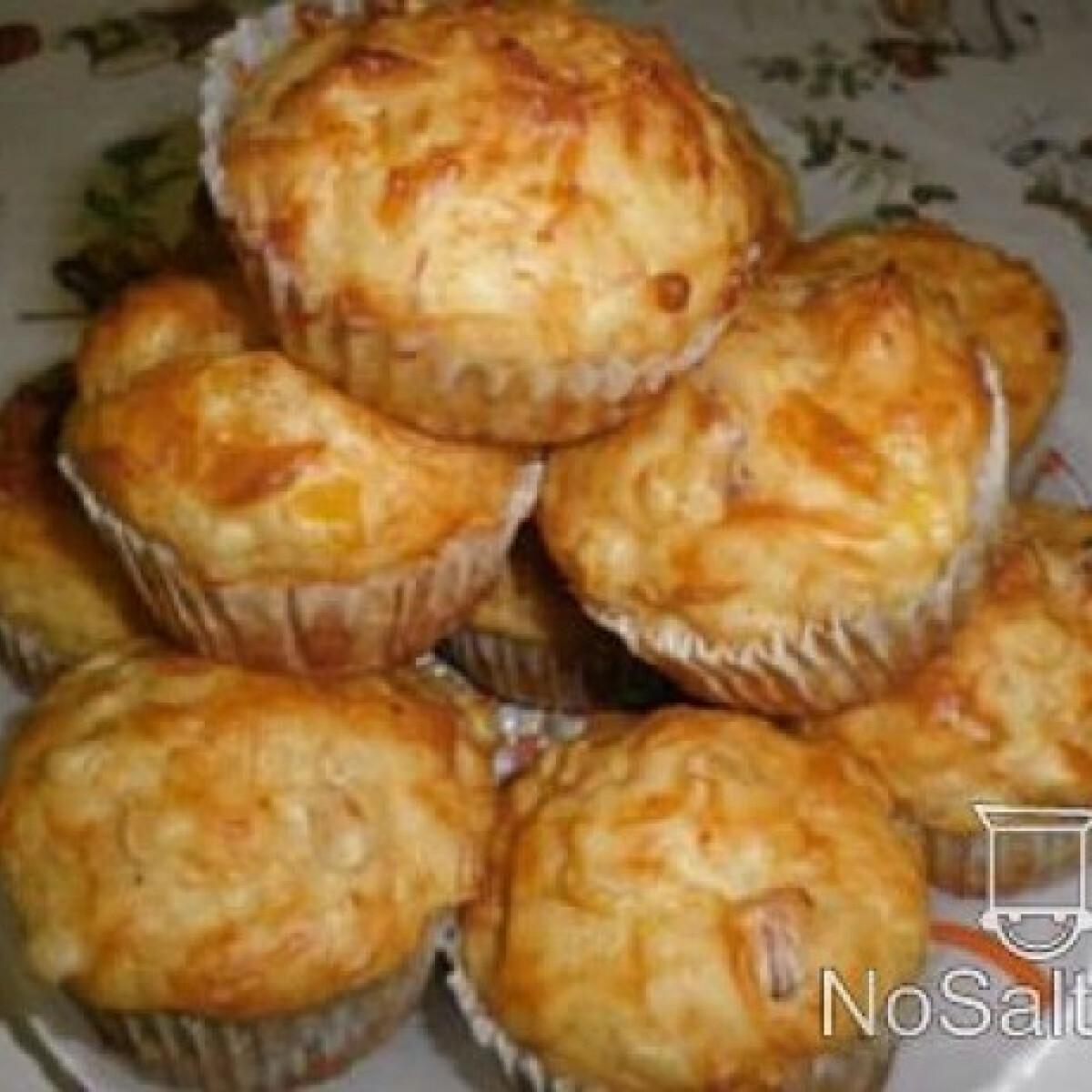 Ezen a képen: Sajtos - sonkás muffin