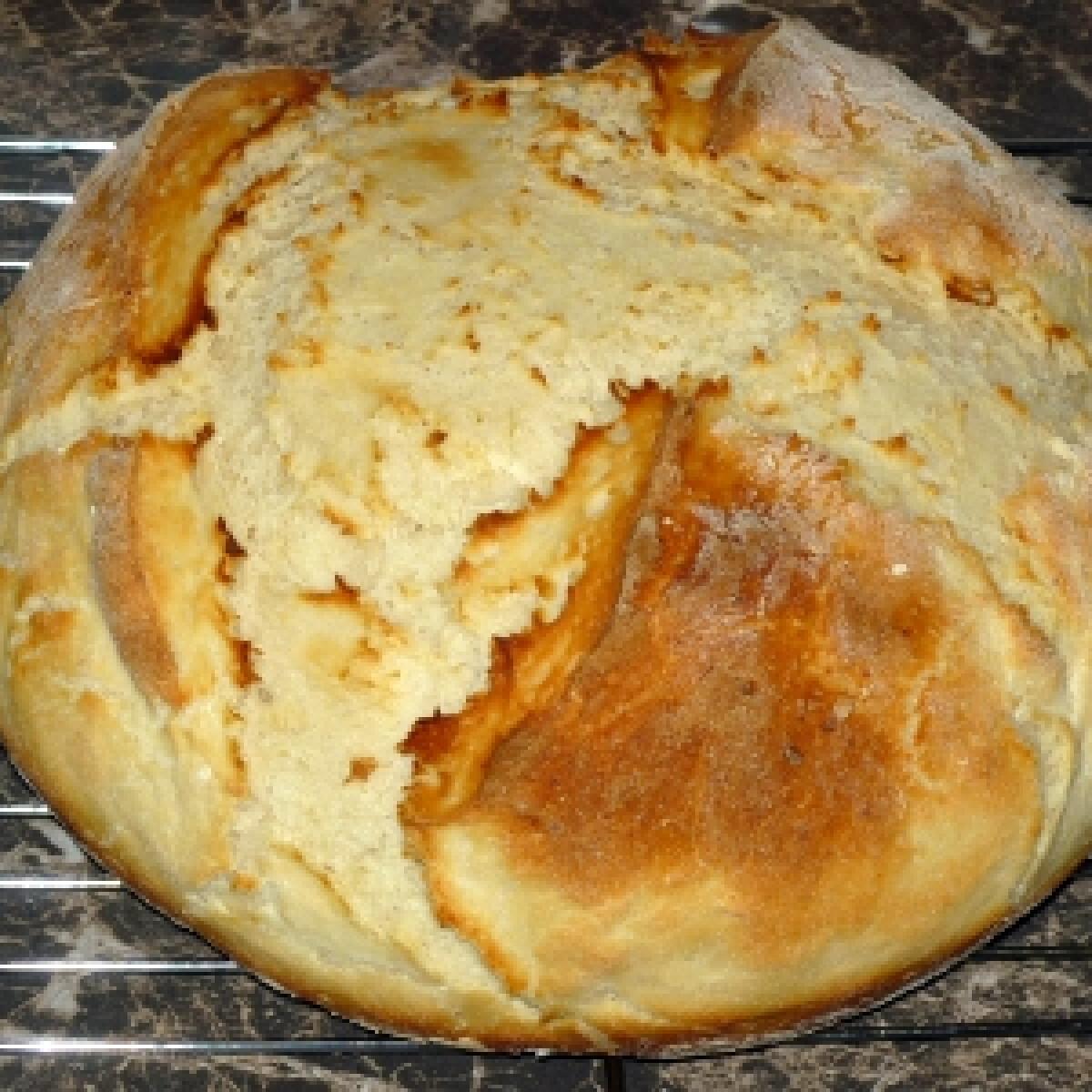 Ezen a képen: Burgonyás kenyér ahogy oogree készíti