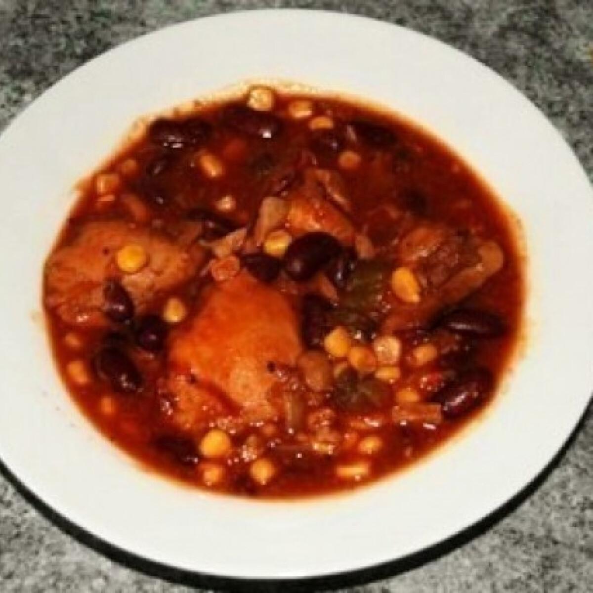 Chilis-babos csirkecomb