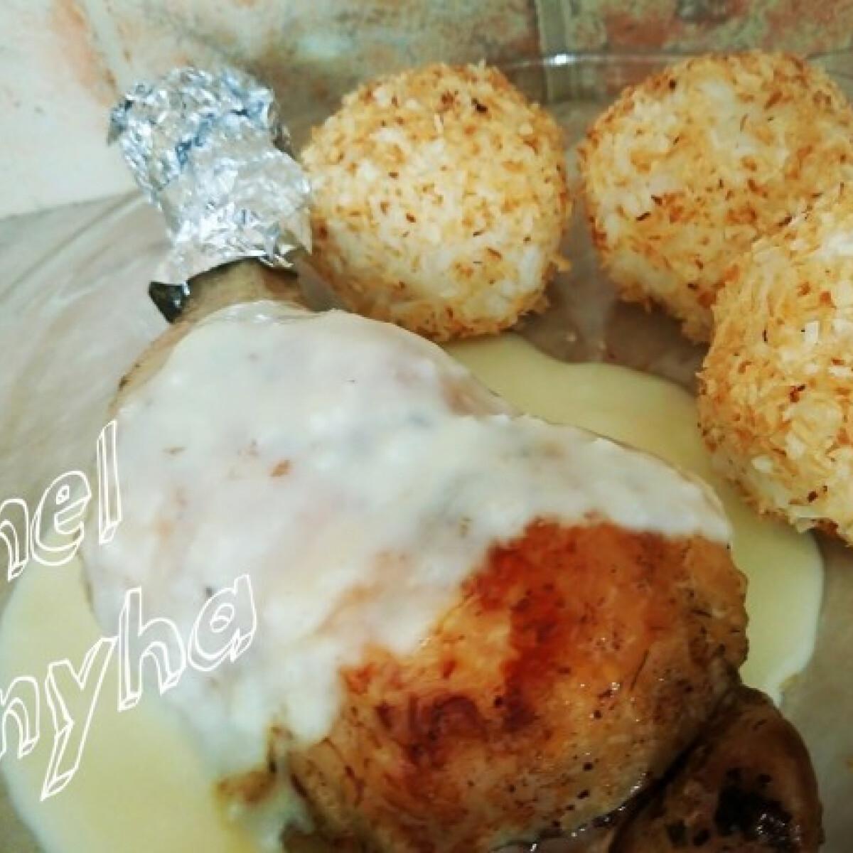 Ezen a képen: Kókuszos csirkecomb