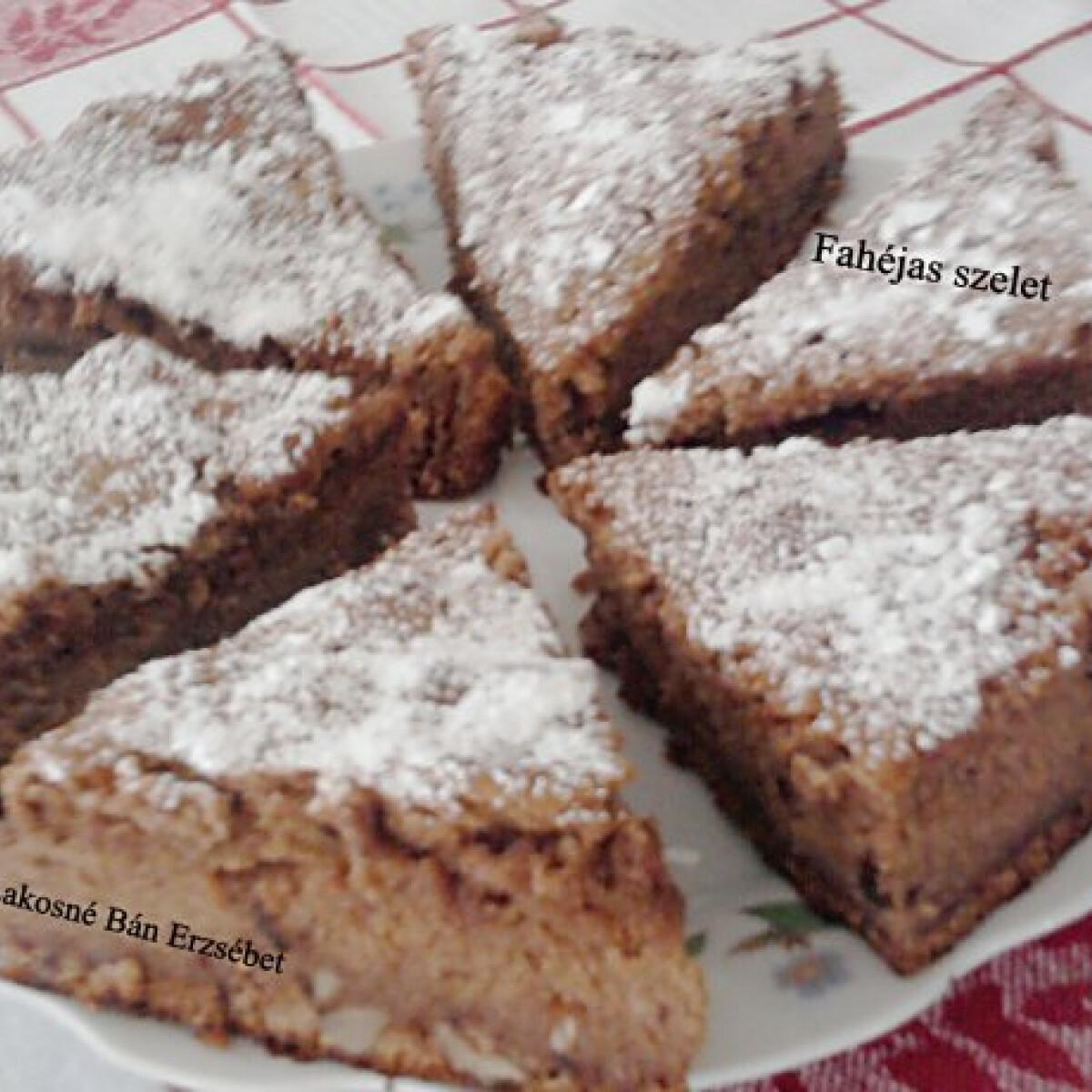Ezen a képen: Fahéjas süti Erzsitől